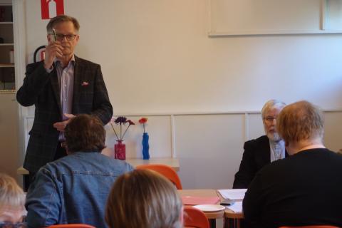 VEU:n vuosikokous: Liittovaltiokehitys on uhka demokratialle